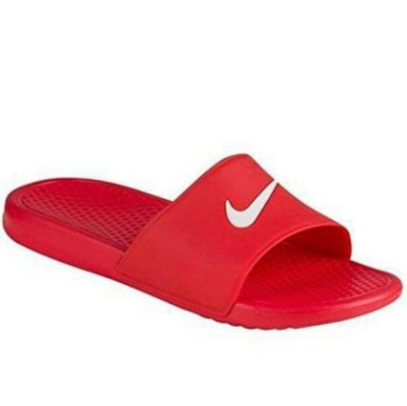 c3bc5453f661 Red nike slides. M 5acfa831077b971a1dad7b3f